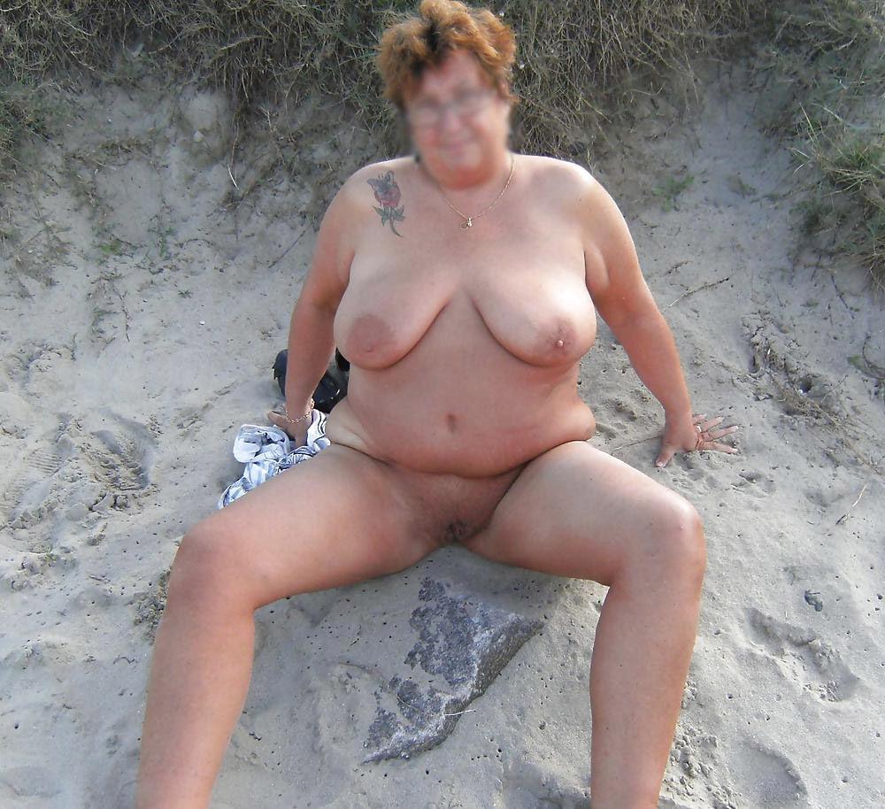 Am fkk frauen strand reife Strand Geile