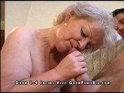 Alte Fotze voll Sperma