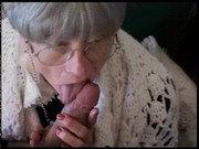 Dicker Pimmel in Großmutters Fotze
