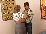 Ich besuche gerne meine Oma