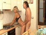 Küchenfick mit Mature