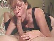 Mommy verschluckt Schwanz