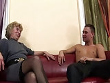Granny's Arsch voll Sperma