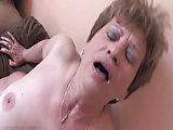 Jungschwanz nagelt drei Frauen