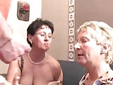 Angie liebt Gruppenfick