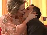 Elegantes Paar hat versauten Sex