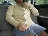 Oral-Dreier im Auto