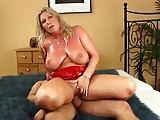 Diese blonde Frau ist Erotik Pur!