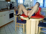 Küchenquickie mit der Faust