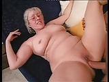 Oma's erster Porno