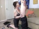Sexy reife Frau hat Schwanzhunger
