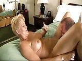 Spaß mit einer älteren Frau