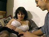 Pfundige Frau beim Analsex-Dreh