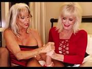 Von zwei alten Frauen abgewichst